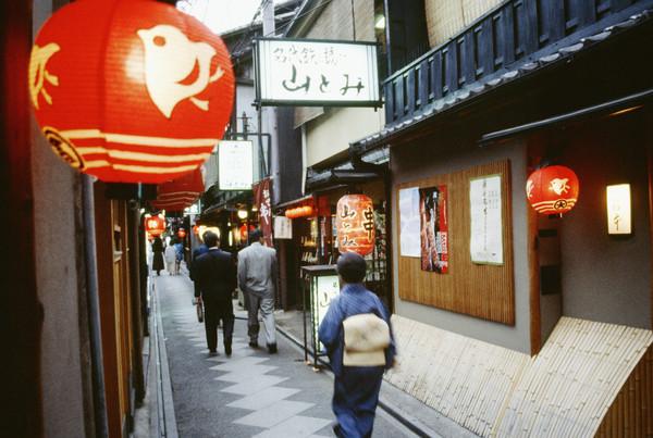 [新聞]  吃東西大聲表示好吃?旅遊日本不能不知9大禁忌與7規矩