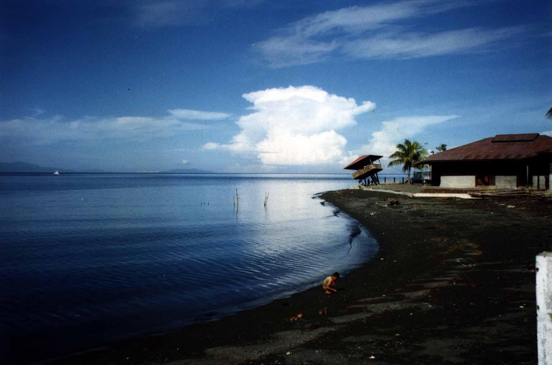[新聞]  印尼今起對中國遊客免簽 巴厘島旅遊更便利