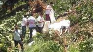 [新聞] 旅遊巴墮崖 中國遊客3死15傷