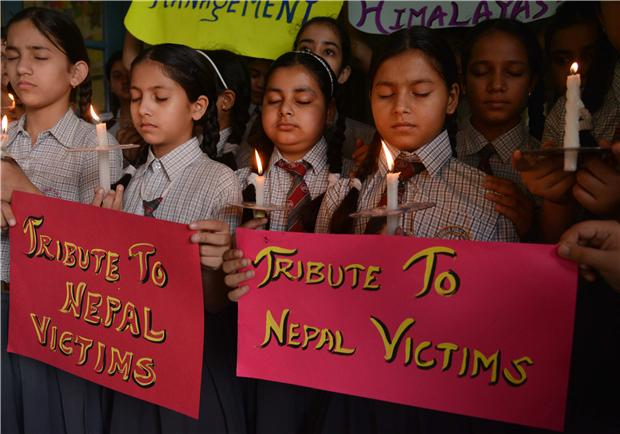 [新聞] 震後尼泊爾重建成本或達50億美元 旅游業受重創