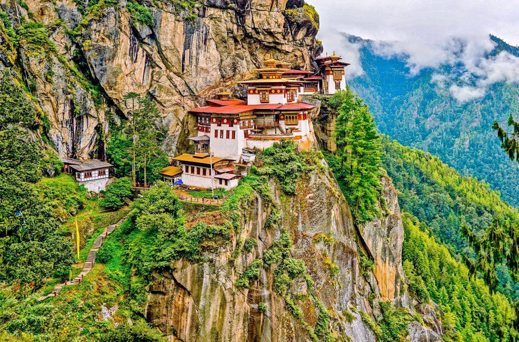 【 不丹 Bhutan】虎穴寺 Tiger's Nest _ 到世界十大寺廟健行!
