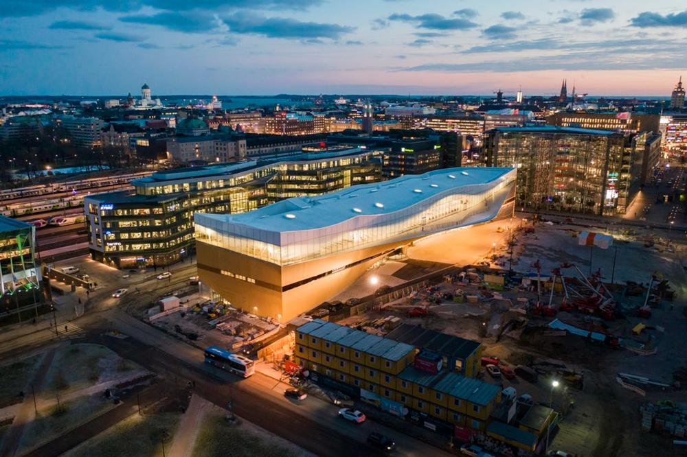驚豔芬蘭赫爾辛基大教堂 劉沛穎美照拍不停