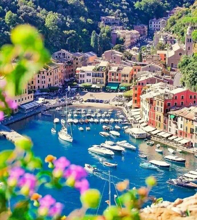 這座意大利小鎮,不僅被選為多檔真人秀的外景地,更吸引了美國《國家地理》