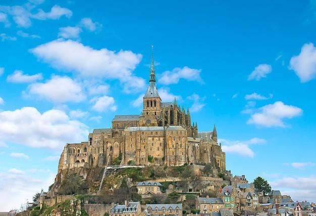 歐洲著名的十大城堡,圓你的王子公主夢
